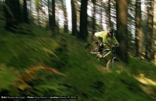 Rider: Naveen Barongpa \\ Photo: Vinay Menon \\ Location: Manali, HP, India.