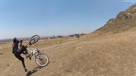 Rider: Vinay Menon | Photo: Piyush Chavan