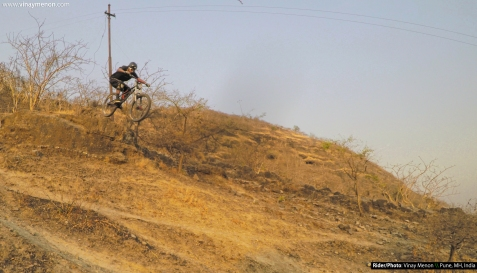 Vinay Menon - Dighi, Maharashtra, India - Psynyde Bikes DIOXIDE Testing - Mountain Biking India