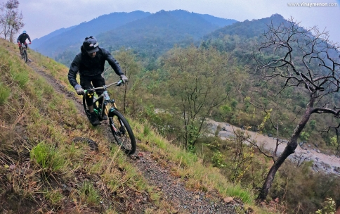 shashank-ck-and-vinay-menon-haldwani-uttarakhand-india-february-2020-3-mountain-biking-in-india